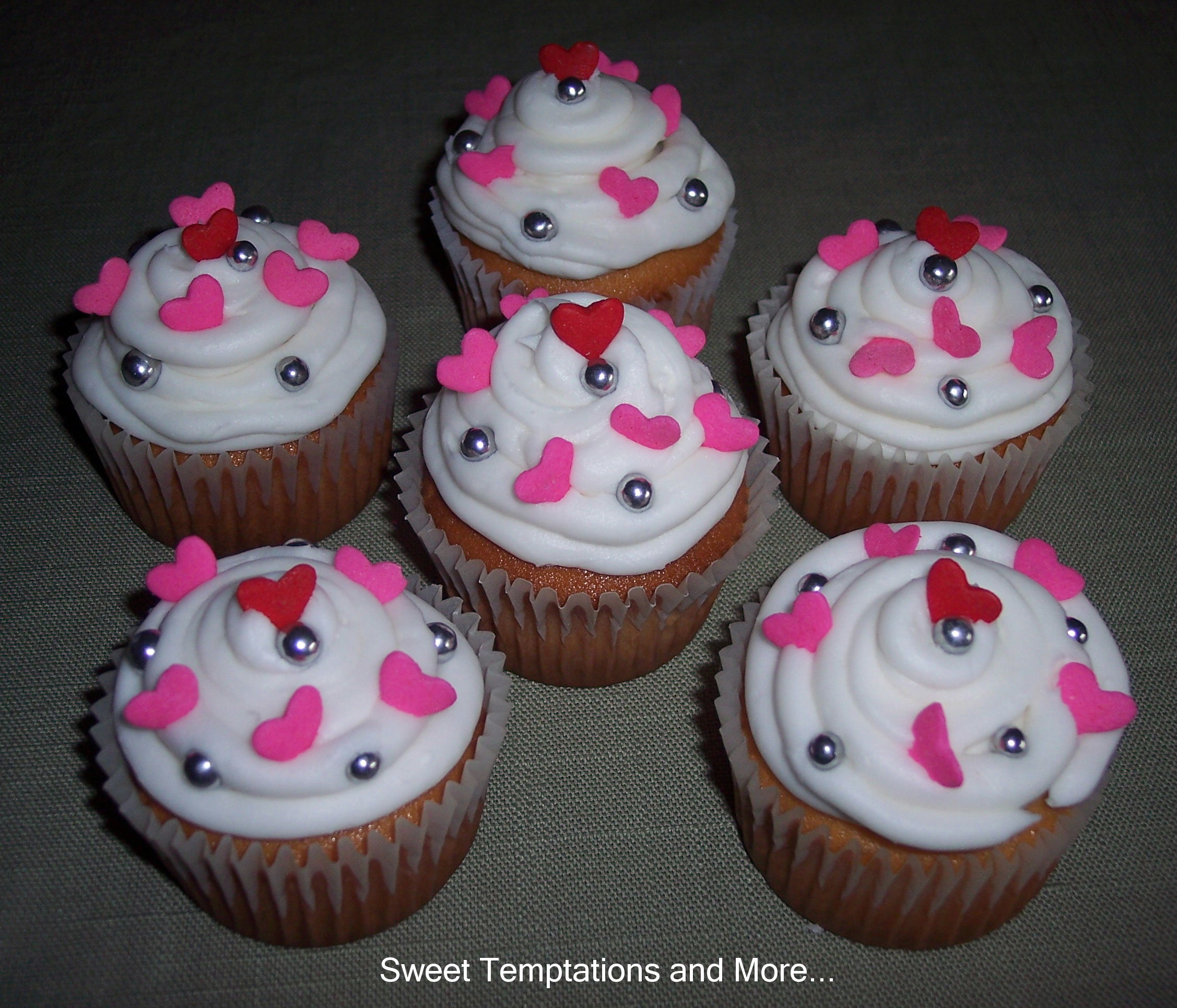 Sweet Temptations Cakes And Cupcakes